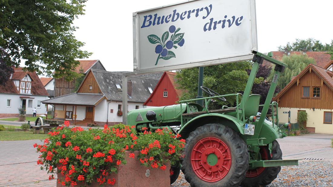 Traktor_Beerenernte_kl